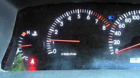 Высокие холостые обороты на холодную (2000+) 7a-fe: решение проблемы